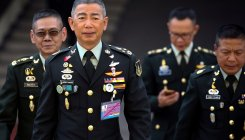 Thailand military swears allegiance to king