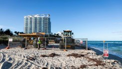 US dumps sand on Miami Beach to tackle erosion