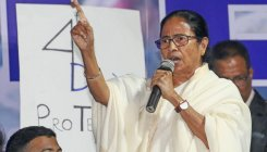 Oppn slams TMC for not replying to queries of Guv