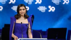 Depression like any other illness & treatable: Deepika