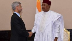 Jaishankar meets Niger Prez, discusses bilateral ties