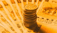 Rupee gains 3 paise against USD in early trade