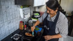 Indian housewives become gig economy chefs