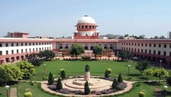 SC refers plea on Art 370 to larger bench