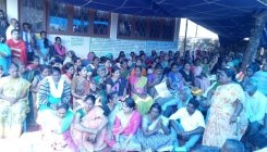 Mangaluru flood victims launch day and night dharna