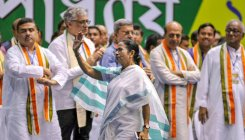 TMC, BJP in battle to capitalise on Bengali sentiment