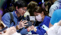 Samsung poised to benefit from China virus woes