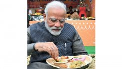 Art, kulhad-chai & litti-chokha: PM Modi at Hunar Haat