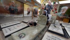 Grave of slain Iraq commander, a new anti-US magnet
