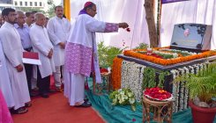 George Fernandes memorial inaugurated at Bejai church