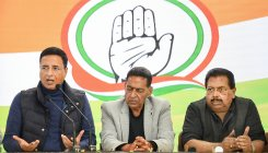 Do not fail this country: Congress to Modi, Kejriwal