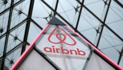 'Airbnb holds meeting to extend $1 bln debt facility'