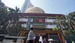 Stocks rise ahead of RBI governor address