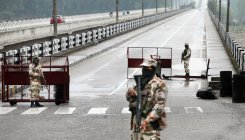 Two suspected militants held in J&K's Baramulla