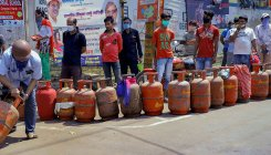 IOC offers Rs 5L ex-gratia to LPG distributor staff
