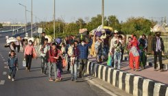 Authorities try to stop migrants' exodus from Delhi