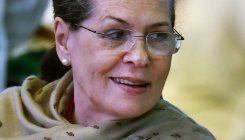 Give 21 days' advance wages to MGNREGA workers: Sonia