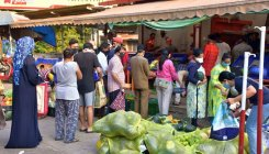 Mangaluru vegetable markets still seeing crowds