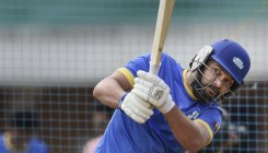 Yuvraj faces backlash for supporting Pak virus fund