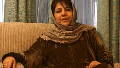 Mehbooba shifted to her residence, detention continues