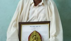 Udupi man wins Excellence in Weaving award for 2020