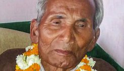 UP CM Adityanath's father cremated in Uttarakhand