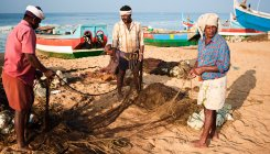 Kerala govt will bring back fishermen in Iran: Minister