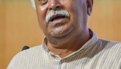 RSS chief on Palghar lynching: What were cops doing?