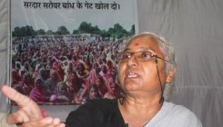 Patkar demands aid from PM-CARES for stranded labourers