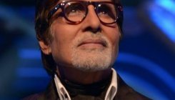 Big B lauds sanitation workers outside his residence