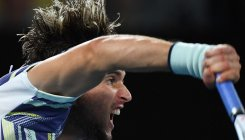 Thiem shoots down Zverev to reach Australian Open final