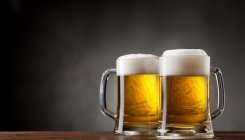 Restaurants offer 30% discount on beer to clear stock