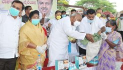 Deve Gowda launches MLA's drive to feed 50,000 poor