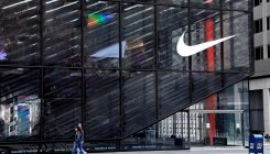 Nike warns of 4th-quarter hit from stock closures