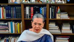 Sonia launches Rajiv Gandhi Nyay scheme for farmers