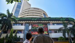 Markets in red after RBI presser, Sensex down 300 point