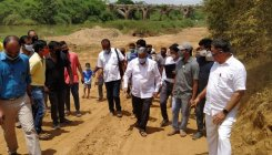 Minister inspects desilting work in Cauvery