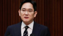 Samsung Group heir questioned over a 2015 deal