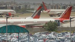 '428 domestic passenger flights operated on May 25'