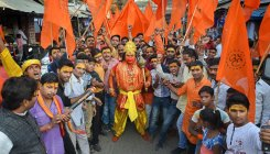 VHP tries to keep row over seers' murders alive