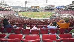 Empty Japanese stadiums may soon hear app-lause