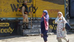 Govt mull to ease COVID-19 restrictions in Kashmir