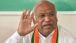 Centre's eyes, ears closed, but only mouth open: Kharge