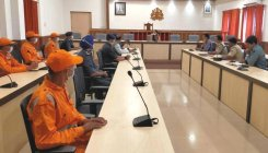 Monsoon preparedness: DC holds meeting with NDRF team