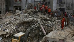 Death toll in the Pak building collapse increases to 19