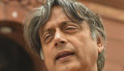 Tharoor reacts to video, sends internet into a frenzy