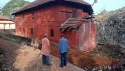 Writer's home in ruins: People demand memorial