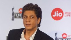 Fact-check | Shah Rukh Khan removed from Jio ads?