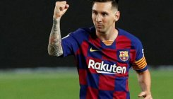 Messi scores 700th goal but draw hurts team title hopes