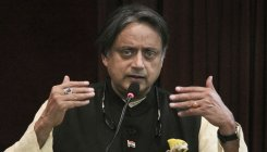 Tharoor denies links with gold smuggling case accused
